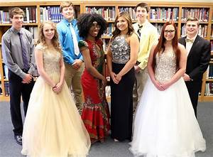 Blair Oaks names 2017 prom court | Central MO Breaking News