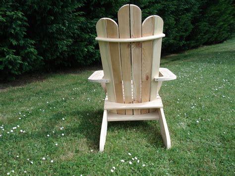 plan de chaise en bois gratuit table rabattable cuisine plan fauteuil adirondack