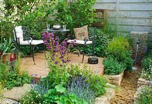 10 garden design ideas to set your garden apart garden With französischer balkon mit keramik katzen für garten