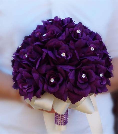 bouquets bridal flower girltoss purplelavender