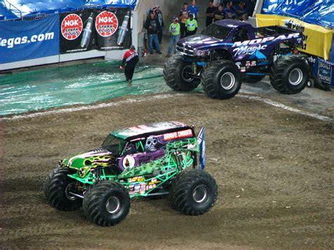 monster truck shows in florida monster jam raymond james stadium ta fl 047