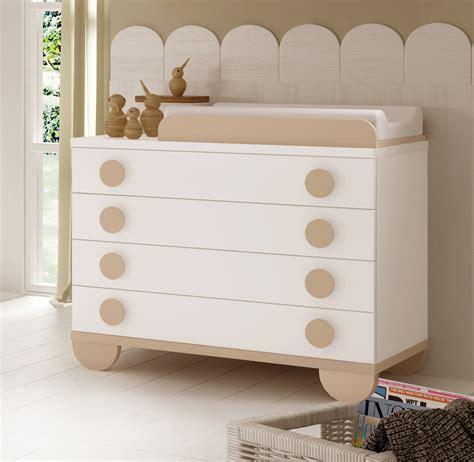 chambre de bébé mixte chambre de bébé mixte gioco avec lit et armoire glicerio