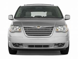 2008 Chrysler Town  U0026 Country Reviews And Rating