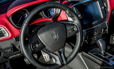 maserati steering wheel driving maserati ghibli steering wheel car pictures images