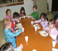 our redeemer lutheran church preschool 956 | a Pajama Day Snacktime