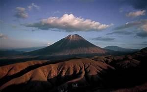 Mount Kilimanjaro Wide Wallpaper – Travel HD Wallpapers
