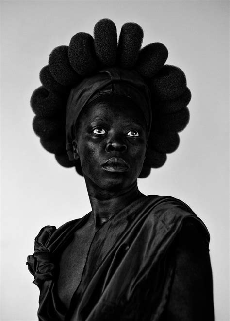 brave beauties zanele muholi   portraiture