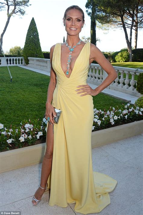 Heidi Klum Shows Off Her Fabulous Figure Yellow