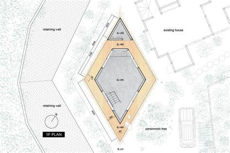 compact shaped house plan by yuji tanabe modern