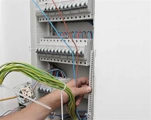 Changer Tableau Electrique : changer un tableau electrique prix ~ Melissatoandfro.com Idées de Décoration