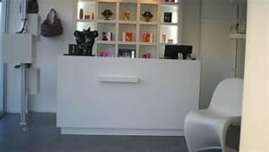 Mobilier Salon De Coiffure : mobilier agencement magasin agencement de magasin ~ Teatrodelosmanantiales.com Idées de Décoration