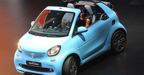 mercedes  stop selling gas powered smart car