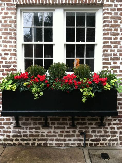 Window Planters by 25 Window Box Planters To Welcome Digsdigs