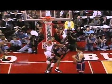 scottie pippen dunks  patrick ewing subscribe