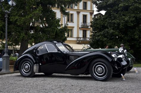 The bugatti type 57 and later variants (including the famous atlantic and atalante) was an entirely new design created by jean bugatti, son of founder ettore. Bugatti Atlantic 57SC - Vintage car
