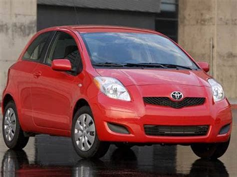 2010 toyota yaris pricing ratings reviews kelley blue book