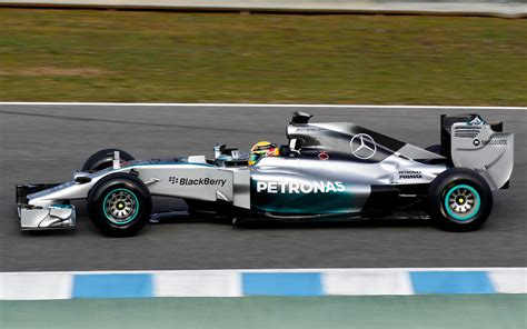 mercedes f1 wallpaper mercedes amg f1 wallpaper wallpapersafari