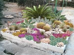les 25 meilleures idees de la categorie jardin de rocaille With nice amenagement de jardin contemporain 10 creer un jardin avec des cactus et des palmiers