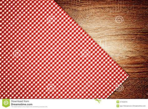 fond cuisine nappe serviette de cuisine sur le fond en bois image