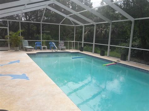 Port Charlotte Retreat With Heated Swimming Pool