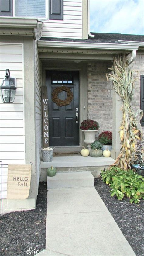 fall small front porch  farmhouse chic blog bloggers  diy ideas pinterest
