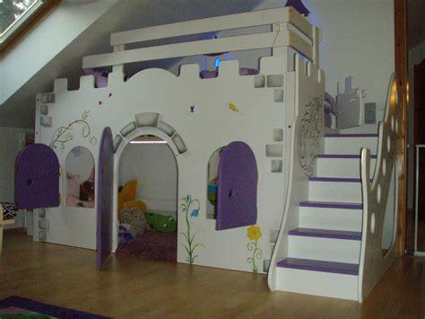 Kinderzimmer Mädchen Schloss by M 228 Dchen Hochbett Au 223 Ergew 246 Hnlich