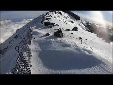 雪 の 富士山 へ go