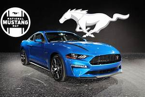 2020 Ford Mustang 2.3L High Performance Package: Photos