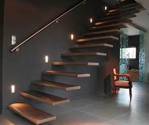 eclairage interieur escalier maison moderne recent With escalier de maison exterieur 5 deco escalier interieur
