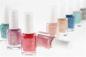 How to Find a Clean Nail Salon - Nail Salon Safety