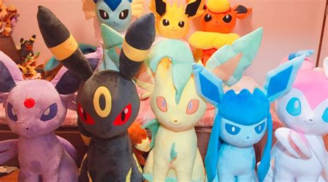 Meet All 9 Life Size Plushies Of Eevee And Its Evolutions