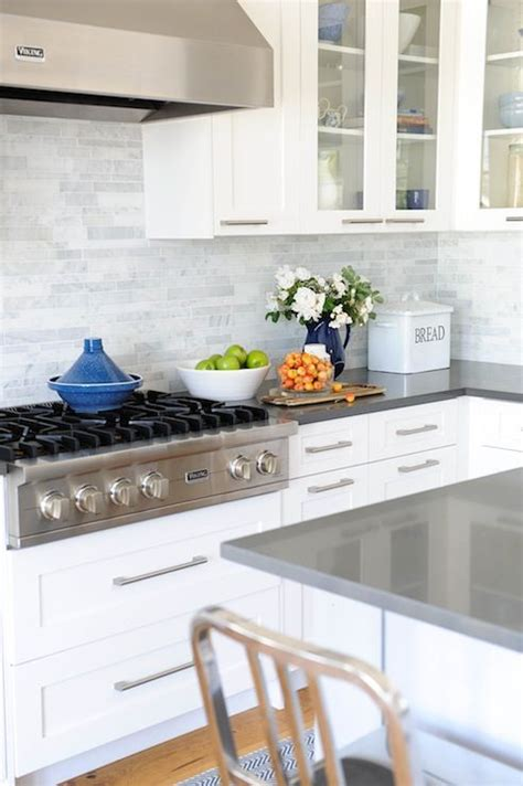 White Cabinets Gray Countertops by 25 Best Ideas About Quartz Countertops On