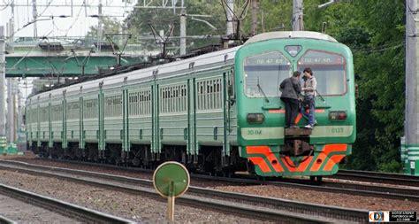 russian railways stowaways  russia travel blog