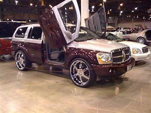 BigBodyVic 2004 Dodge Durango Specs, Photos, Modification
