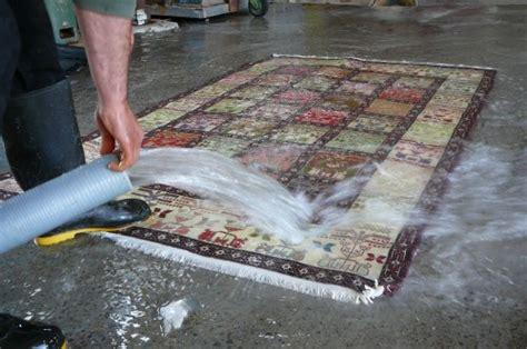 come lavare tappeti persiani tabriz carpet vendita lavaggio e restauro tappeti udine