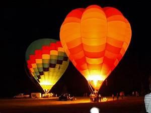 Hot Air Balloons at NIght   HOT AIR BALLOONS   Pinterest