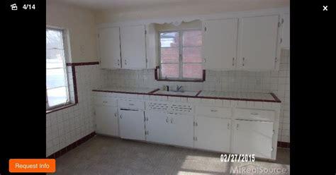 50s style kitchen cabinets 50 s kitchen needs some updating help hometalk 3923
