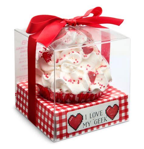 I Love Geek  Bit Heart Cupcake Bath Exclusive