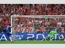 Top 10 Champions League Final Moments 1 Drogba goes out