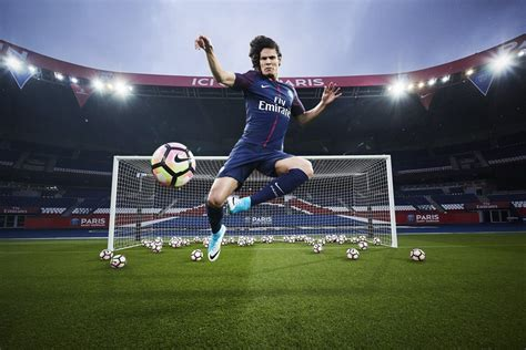Find paris saint germain fixtures, results, top scorers, transfer rumours and player profiles, with exclusive photos and video highlights. Paris Saint-Germain 2017/18 Nike Home Kit - FOOTBALL ...