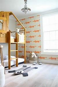 Tapeten Muster Wände : tapeten kinderzimmer passende farben und motive ausw hlen ~ Markanthonyermac.com Haus und Dekorationen