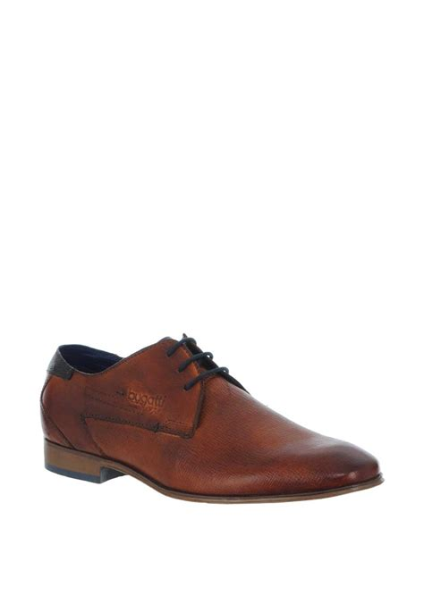 You'll find the perfect footwear to suit your browse our fantastic range of men's bugatti shoes at charles clinkard today. Bugatti Leather Textured Shoes, Brown   McElhinneys