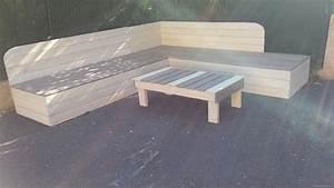 Canape Bois Exterieur : banquette de jardin en bois de r cup ration et sa table basse en palettes palettes co ~ Teatrodelosmanantiales.com Idées de Décoration