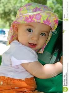 Spielzeug Für 8 Monate Altes Baby : 8 monate alte baby lizenzfreie stockfotografie bild 2849307 ~ Yasmunasinghe.com Haus und Dekorationen