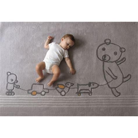 taille minimum chambre tapis chambre de bébé gris paint