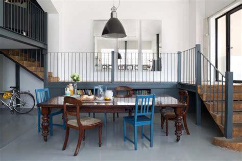 cuisine melange ancien moderne donner une note d 39 élégance au séjour avec des chaises