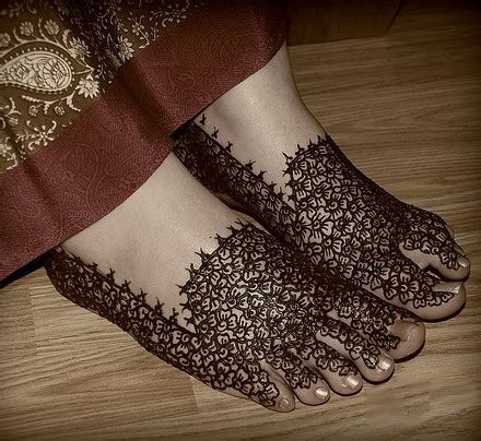 temporary henna tattoos tattoos  foot  women tattoo