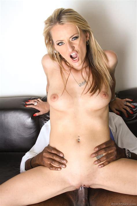 Polish Slut Natasha Starr in a kinky interracial Scene - Pichunter