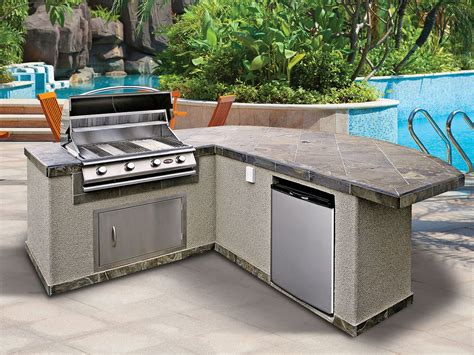 lowes outdoor kitchen island ways to choose prefabricated outdoor kitchen kits 7282