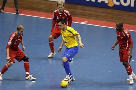 basket de foot en salle le futsal la salsa du ballon